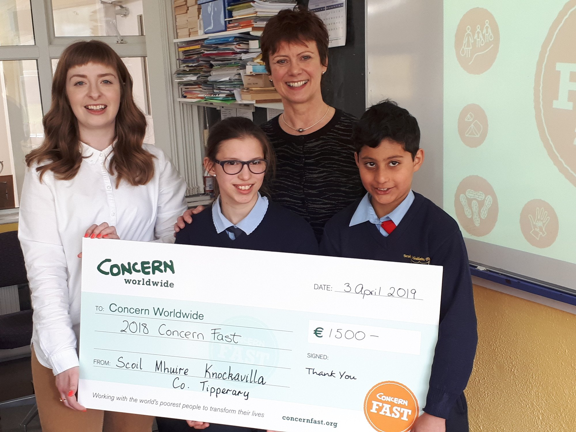 School students supporting Concern Fast
