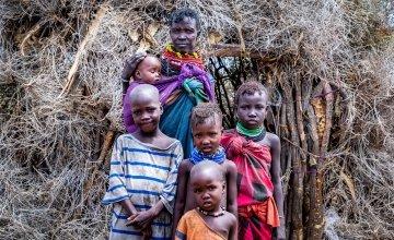 Atiir Kataboi with five of her seven children, Amoni, Ekalale, Arot, Imzee and Ebei. Her two youngest, Amoni and Ebei are both malnourished.Photo: Gavin Douglas / Concern Worldwide.