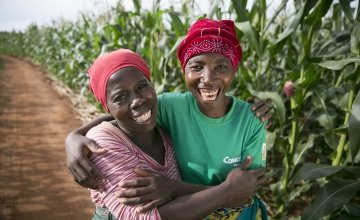 Esime Jenaia in Chituke village, Malawi, with neighbour Esnart Kasimu.
