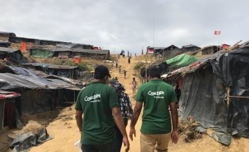 Concern staff conducting assessments in the Cox's Bazar refugee camp. Photo: Hasina Rahman/Concern Worldwide.