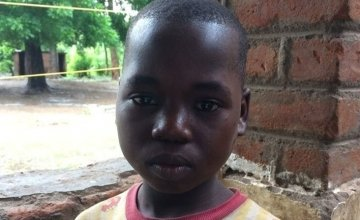 Konja (12) was displaced by the floods in Malawi and is now living in the grounds of a school in Nsanje District.  Credit: Deborah Underdown / Concern Worldwide.