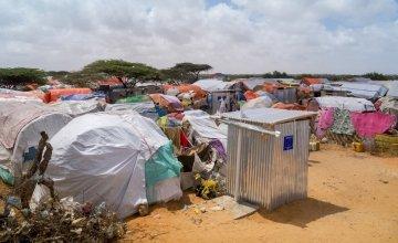 K7 camp on the Afgoye corridor outside Mogadishu, Somalia, where Concern is partnering with ECHO in water and sanitation work. Photo: Concern Worldwide.