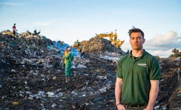 Michael Darragh Macauley at the site of Dandora Dump, Nairobi, Kenya Photo: Steve De Neef/Concern Worldwide
