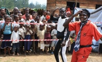 A performance in Mahanga village, Democratic Republic of Congo. Photo taken by Charlie Walker/Concern Worldwide.