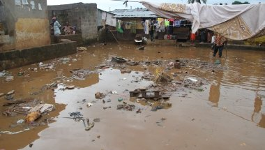 Flooded homes in Freetown, Sierra Leone following the mudslide and flooding that hit on 14 August. Photo: Kristin Myers/Concern Worldwide.