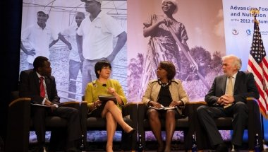 Advancing food and nutrition security at the 2012 G8 Summit. Photo: Council on Global Affairs / Concern Worldwide.