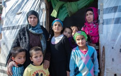Ayda with her daughter and grandchildren