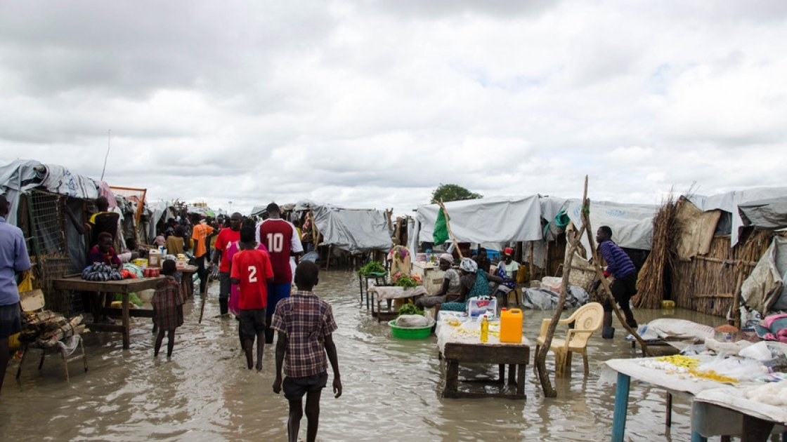 Flooded marketplace in South Sudan