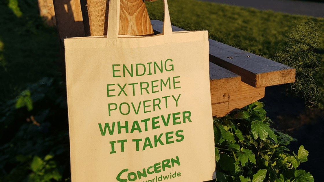 Concern tote bag. Photo: Concern Worldwide.