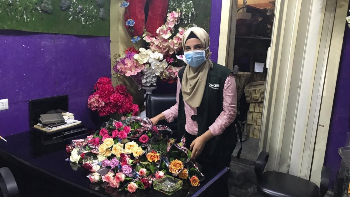 Sanaa Hussein, a member of Concern's shelter team, buying flowers to distribute alongside Concern's Dignity and Shelter kits to support the local community affected by the Beirut blast. Photo: Pauline Coste / Concern Worldwide