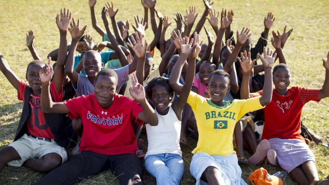 Teenagers taking part in Concern Worldwide's Skillz program in Nkhotakota, Malawi. Photo: Concern Worldwide.