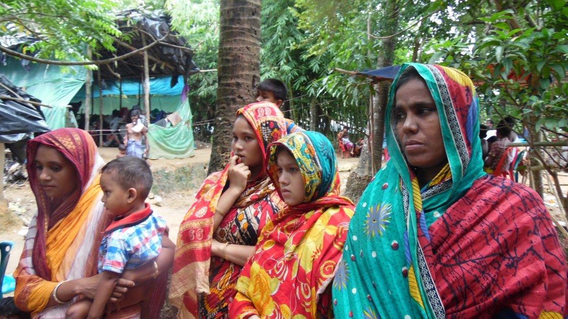 Rohingya refugees arriving to Cox's Bazar after a ten day walk from Myanmar. Photo: Bijoy Krishna Nath/Concern Worldwide.