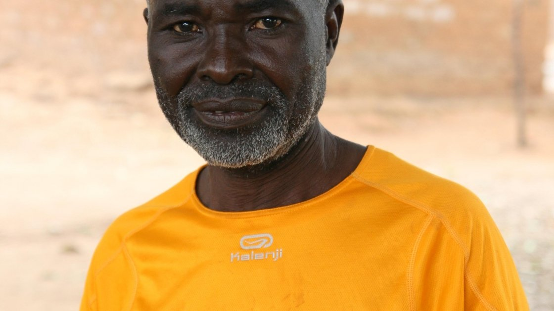 Antoine* is a 47-year-old farmer from Bossembélé, Central African Republic. Conflict displaced him and his family of 15 for several months in the wilderness.