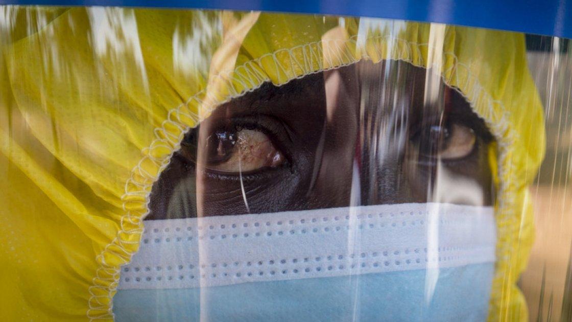 Christopher Tucker (23), body carrier on the Concern burial teams in Freetown, Sierra Leone. Credit: Kieran McConville / Concern Worldwide.