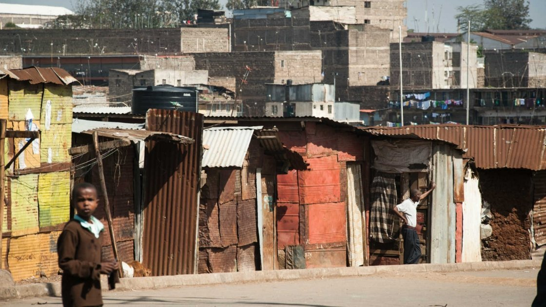 The slums of Nairobi are uniquely vulnerable to crisis. Photo taken by Phil Moore/Concern Worldwide.