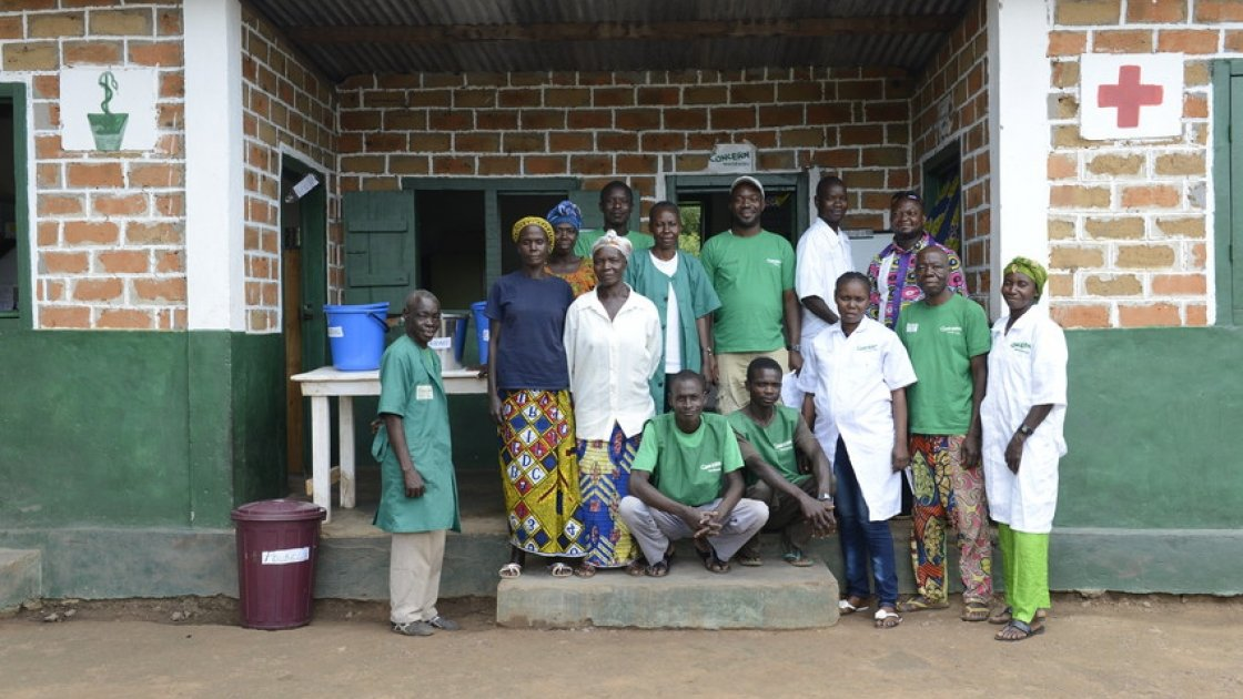 Concern staff and volunteers at the Boudouli Health Post. Photo: Chris de Bode/Panos Pictures for Concern Worldwide