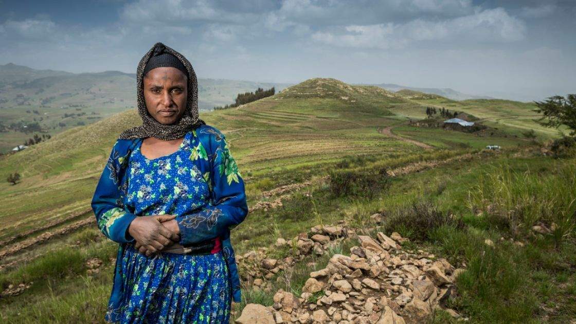 Concern helped Lubaba to protect her land from flooding and increase her harvest.