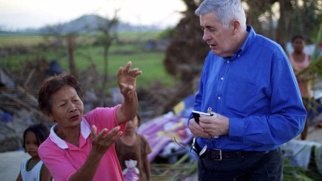 Woman who lost home to Typhoon Haiyan speaks to Concern Chief Executive Dominic MacSorley