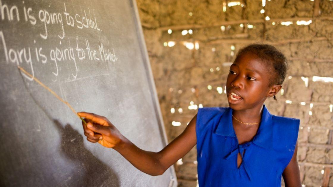 SLMB Massaba Primary School, Kunike Barina Chiefdom. Photo: Michael Duff.