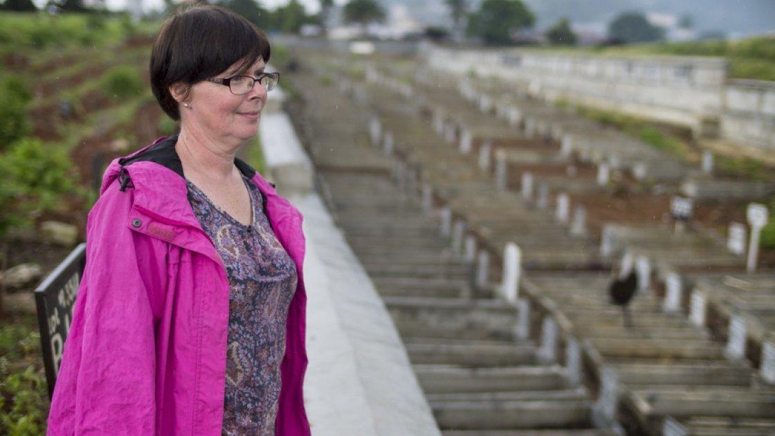 Sheena McCann at the Kingtom cemetery in Freetown. Photo taken by Kieran McConville / Concern Worldwide.