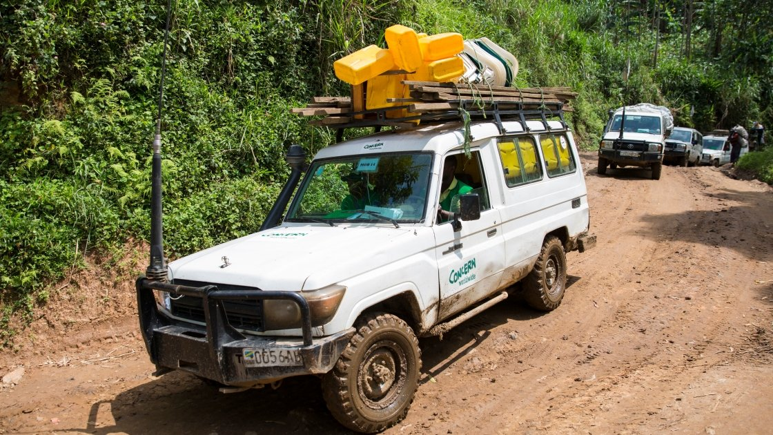 Poor road infrastructure makes it challenging for Concern teams to reach isolated communities in North Kivu. Photo: Kieran McConville / Concern Worldwide.