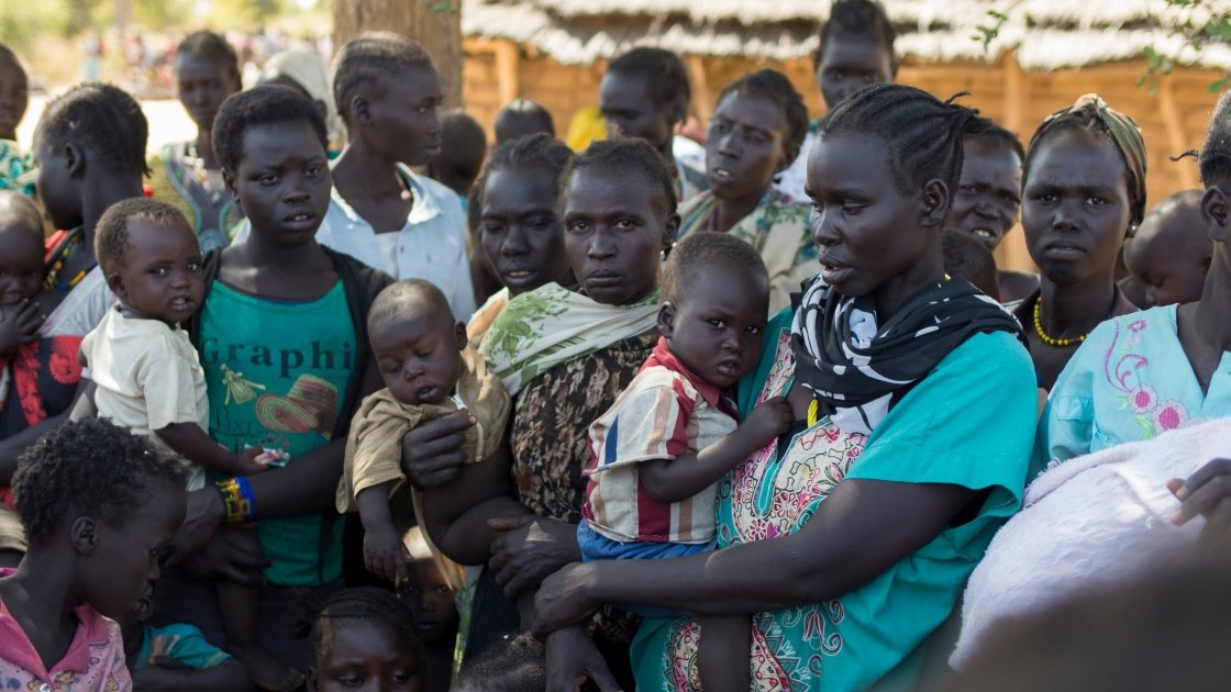 A mass nutrition screening of pregnant women, lactating mothers, and children under five at Mayen Ulem, Aweil North, South Sudan. Photo: Kieran McConville/ Concern Worldwide.