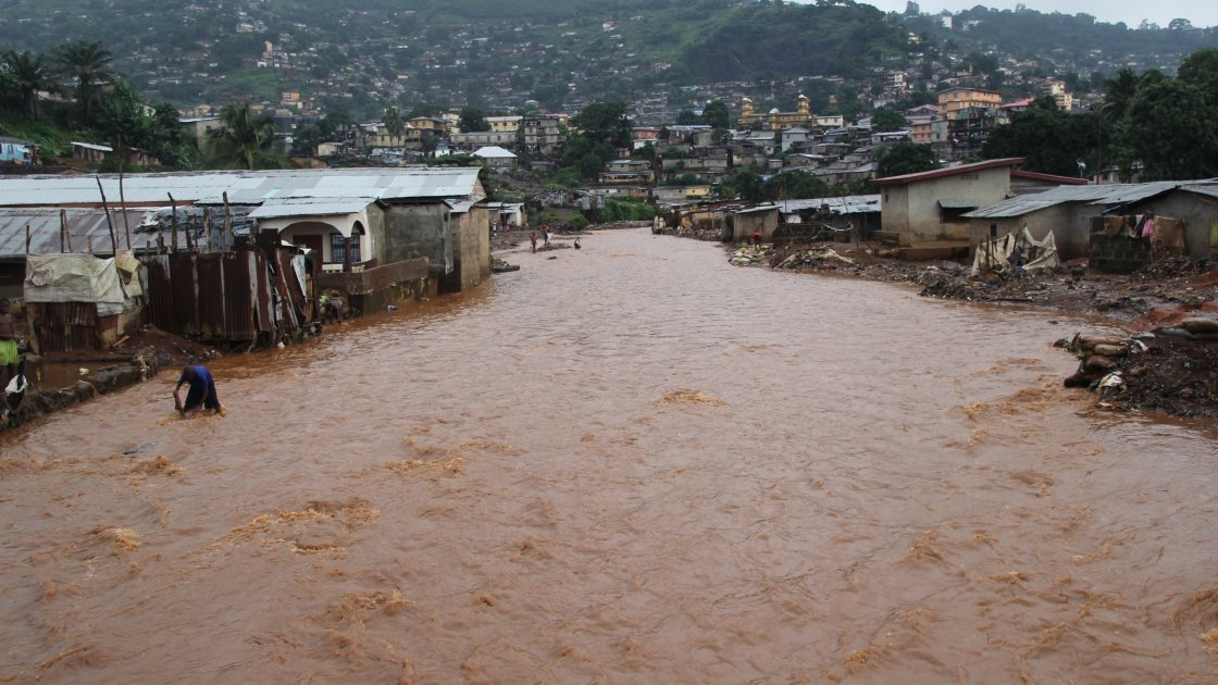 Aftermath of the mudslides in Freetown, Sierra Leone. Photo taken two weeks later on August 29 by Kristen Myers / Concern Worldwide
