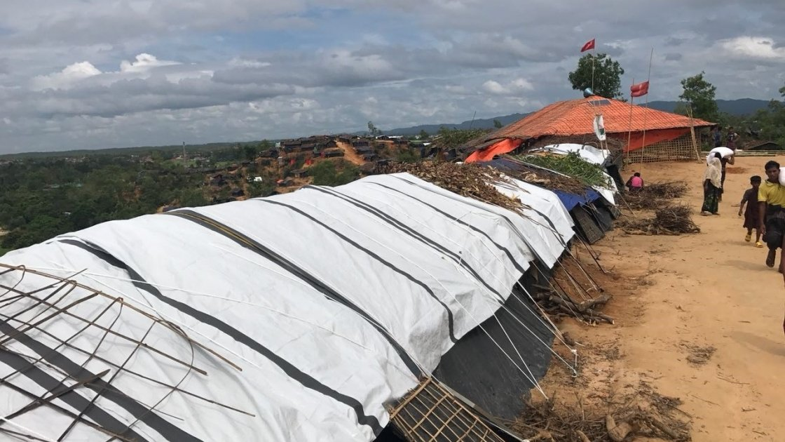 Makeshift shelters built by Rohingya refugees in the Cox's Bazar refugee camp. Photo: Hasina Rahman/Concern Worldwide.