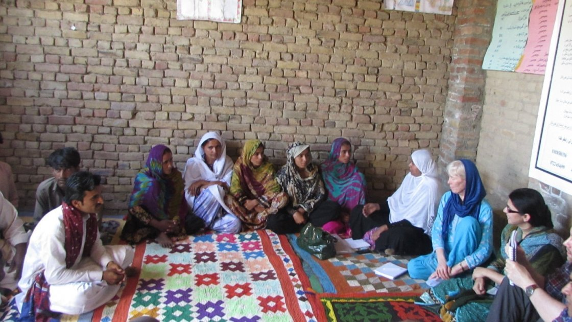 Brid Kennedy talking with VDMC members of the village Daman Shah UC Thull Nao, District Jacobabad. Photo: Concern Worldwide.