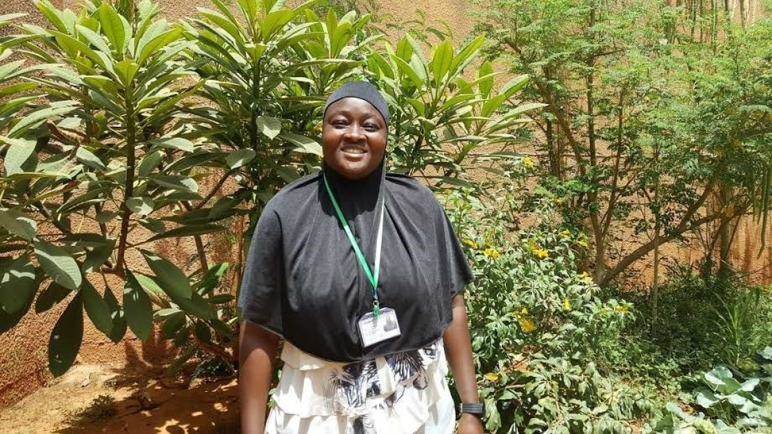 Rakia Adamou works as a security guard for Concern in Niger. Photo: Concern Worldwide.