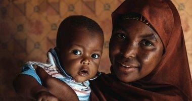 Aminata Abdoulaye (20) and her son Hassane (9 months). Photo: Ollivier Girard / Concern Worldwide