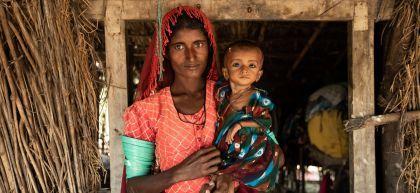 Wazeeran with her mother Subbi, Sindh province, Pakistan
