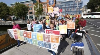 Coalition 2030 march in Dublin on 25 September 2017. Concern is among the members of Coalition 2030 aiming to ensure that Ireland continues to work towards the Global Goals. Photo: Sasko Lazarov/Photocall Ireland.
